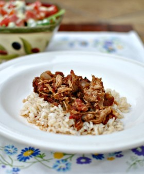 skinny-slow-cooker-balsamic-chicken