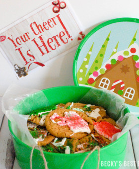 #SpreadCheer with Easy Holiday Treats from Betty Crocker cookies this Christmas season. Share your creations for a chance to win the $20 giveaway entry. Also be sure to grab the coupons and free printables. | beckysbestbites.com #ad