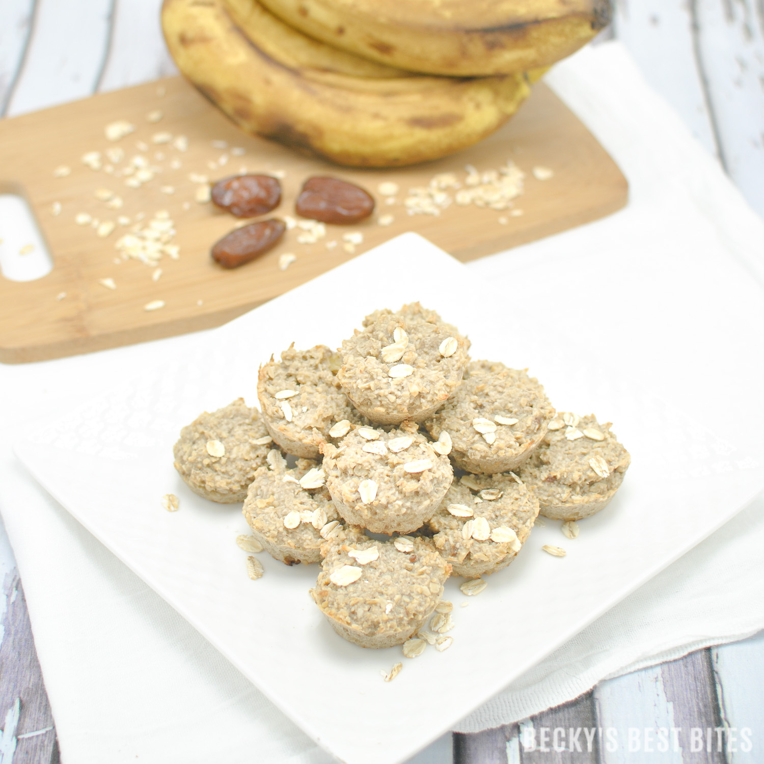 Sugar Free Baby Oat Bites | Healthy & easy recipe perfect for baby led weaning! These nutritional nibbles are sweetened naturally with ripe bananas and dates. Super easy for little hands to grab and feed themselves. They are portable for on-the-go meals or snacks and freeze beautifully! | beckysbestbites.com