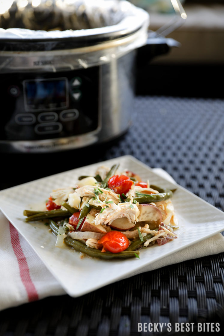 Slow Cooker Greek Chicken with Potatoes and Green Beans is an easy and healthy recipe perfect for a weeknight family meal. You only need 10 minutes of morning prep and dinner will be waiting when you get home that evening :)| beckysbestbites.com